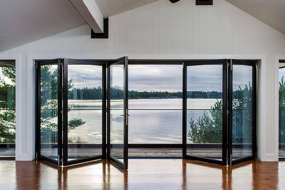 Otwórz się na ogród – okna harmonijkowe